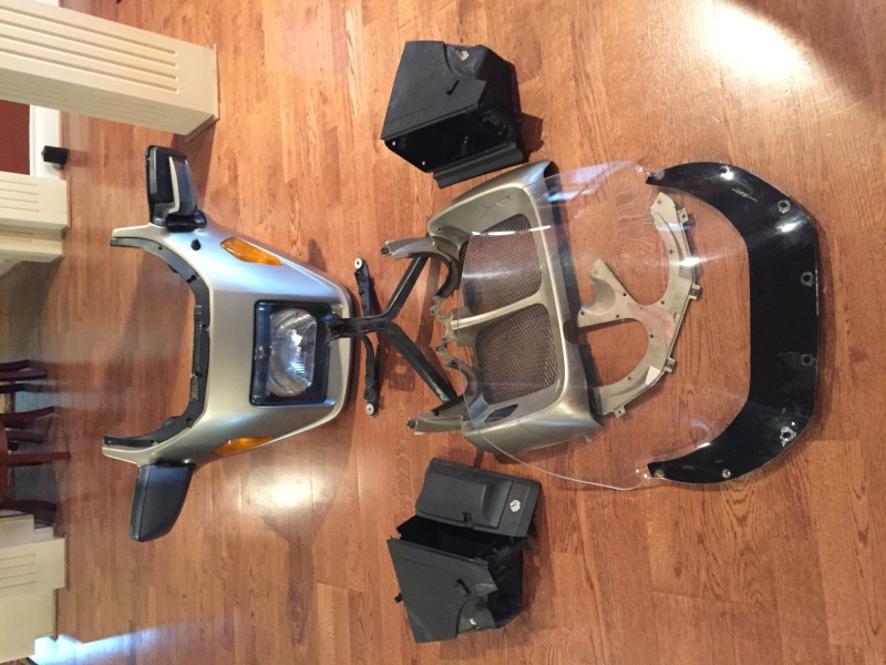 Stripping a 1987 BMW K100LT  Img_4410