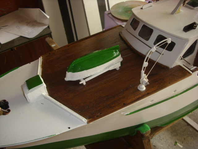 yacht le BRIGAND au 1/25° de NAVIG - Page 5 Dsci0114