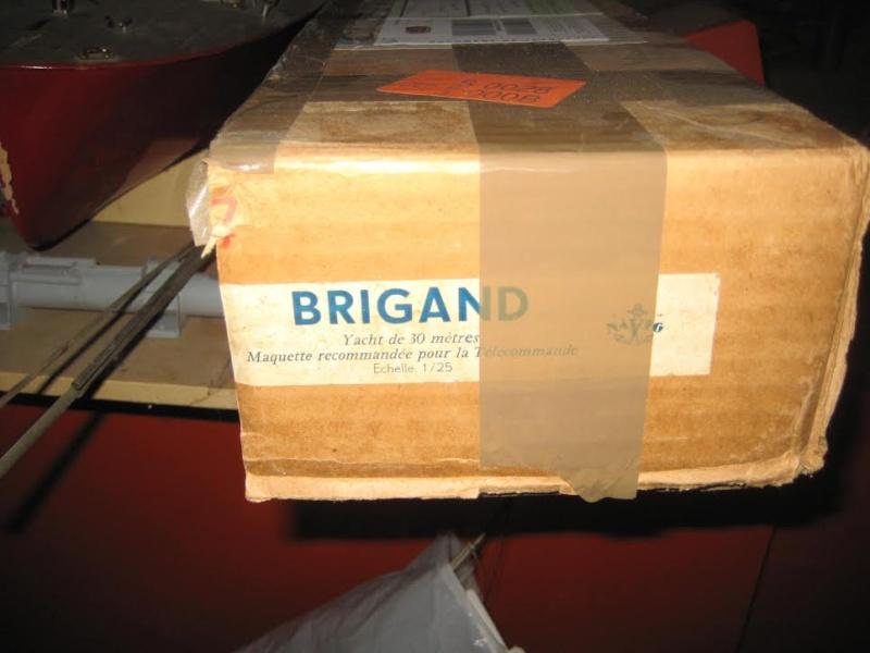 yacht le BRIGAND au 1/25° de NAVIG - Page 2 Index10