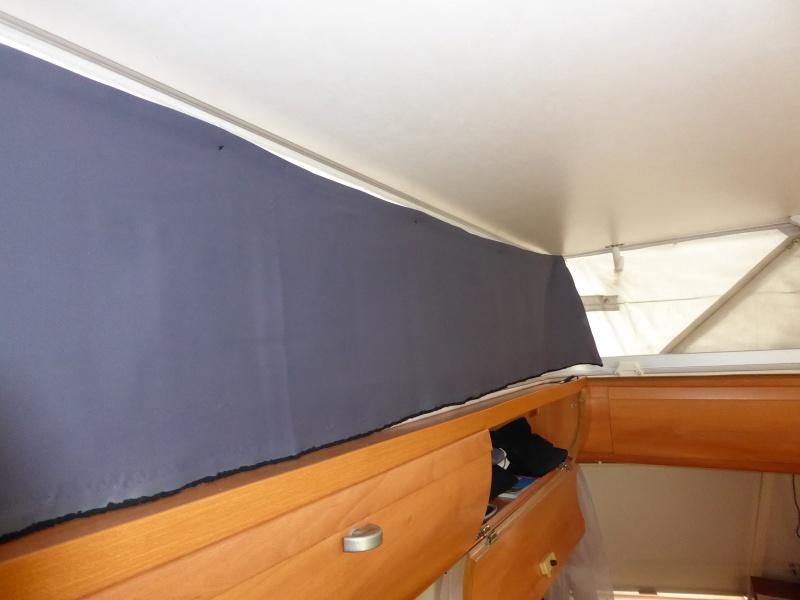 Toile de toit 02410