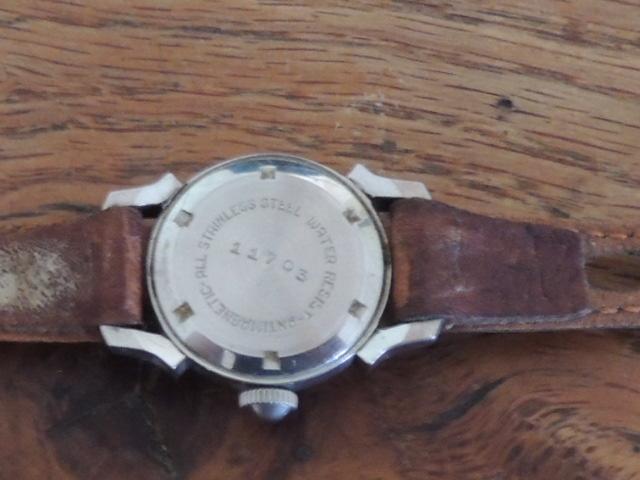 La valeur de ces 3 montres à gousset? Amphib13