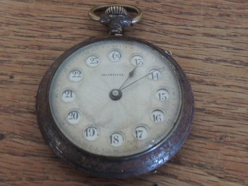 La valeur de ces 3 montres à gousset? Mondia11