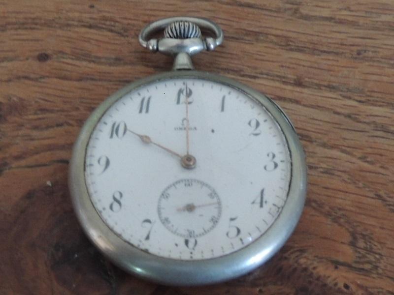 La valeur de ces 3 montres à gousset? Omega11