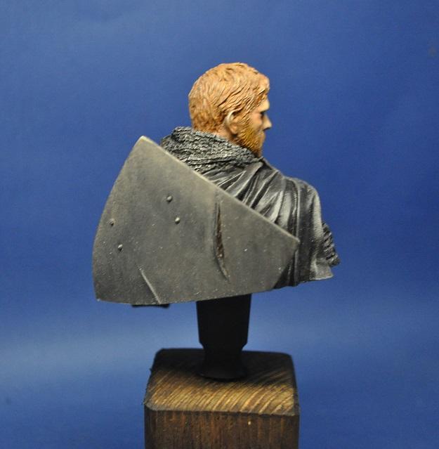Buste templier 1/10 de chez young miniatures - Page 2 Dsc_0061