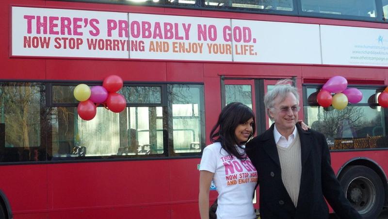 « Gloire à Allah » sur les bus londoniens… 1024px10