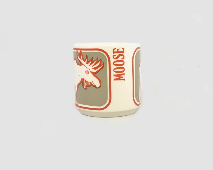 white - Show us your mugs .... Crown Lynn of course ;) - Page 8 Mug_mo11