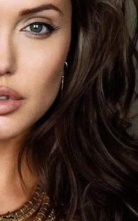 Angelina Jolie - 200*320 Angeli11