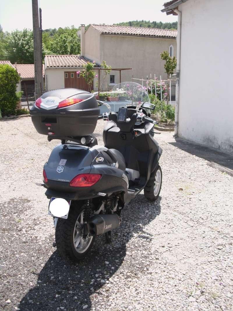 Mon petit Mp3 500 LT Dsci0019