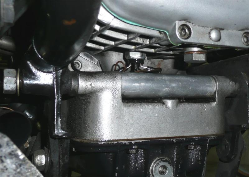 Grosse fuite d'huile lorsque le moteur tourne ! Point_10