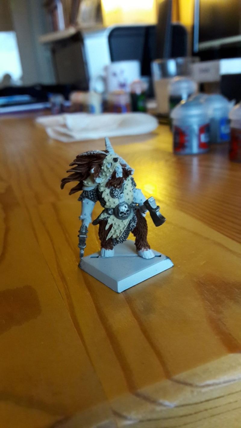 Beastlord avec deux haches Eclair10