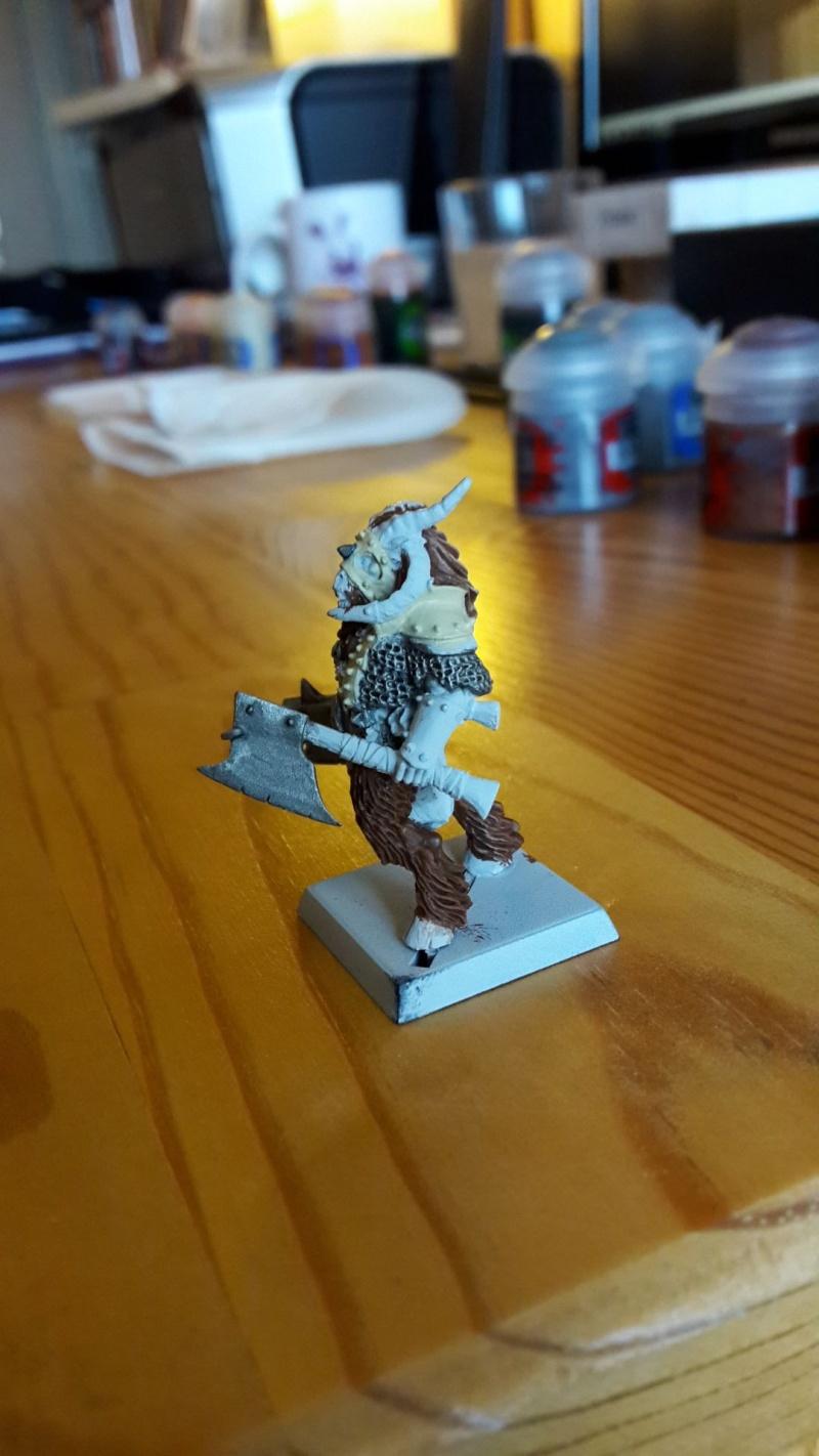 Beastlord avec deux haches Eclair12