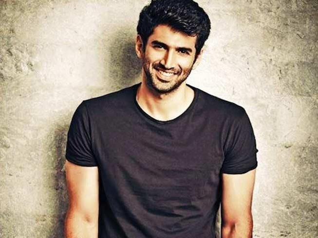Aditya Roy Kapur Height,Weight,Body Statistics,Net Worth,Affairs and facts Aditya10