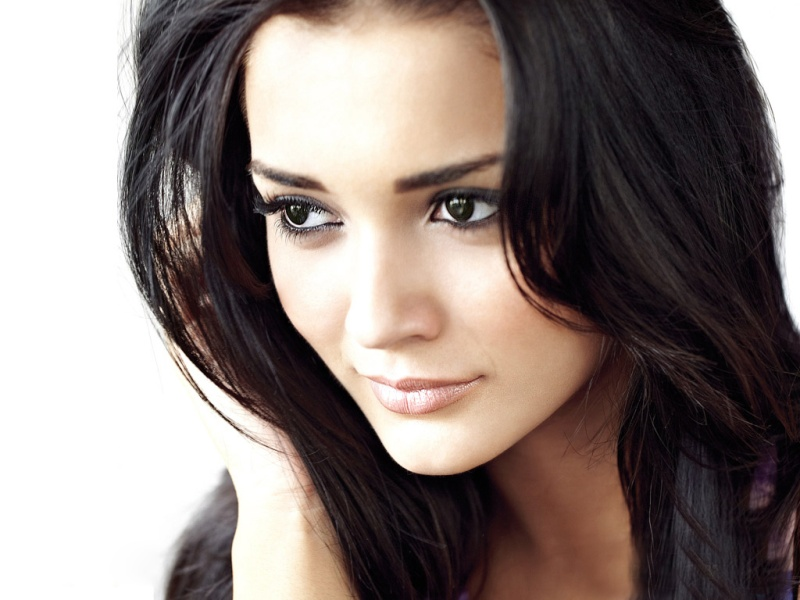 Amy Jackson: Height, Weight, Net Worth, Boyfriends and more Amy110
