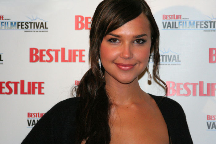 Arielle Kebbel Height Weight and Measurements Ariell11