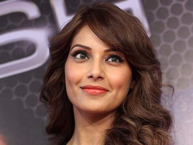 Bipasha Basu: Height, Weight, Net Worth, Boyfriends and more Bollyw40