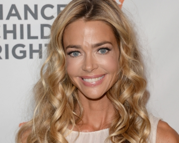 Denise Richards Height Weight Body Statistics and Net Worth Denise11