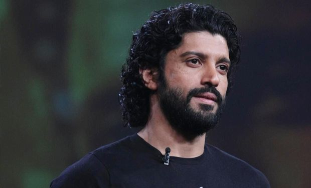 Farhan Akhtar Height,Weight,Age,Net Worth,Wife and more Farhan10