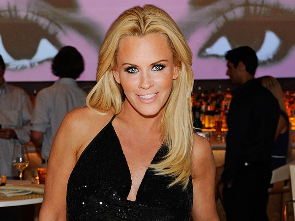 Jenny McCarthy Height,Weight,Net Worth,Boyfriends and facts Jenny-10