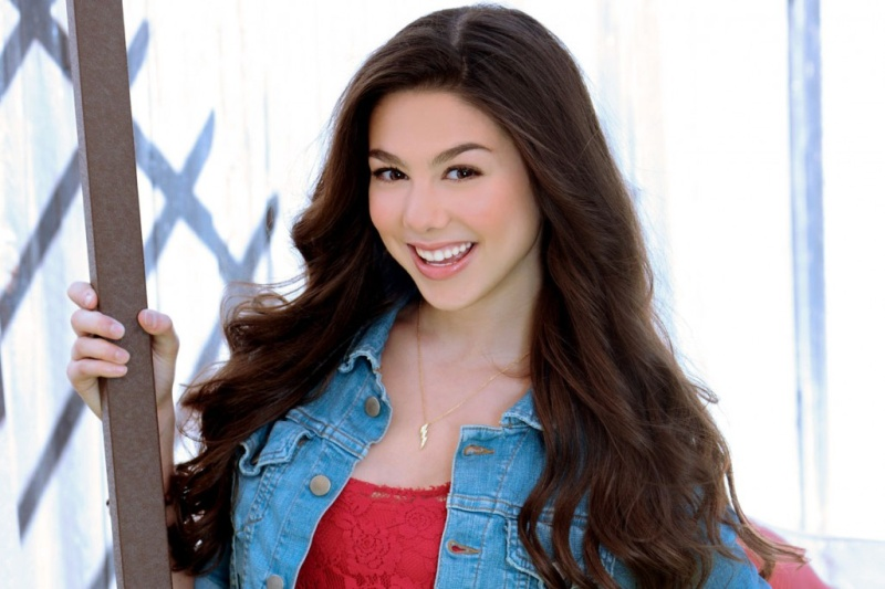 Kira Kosarin Height,Weight,Age,Net Worth,Boyfriends and more Kira-k10