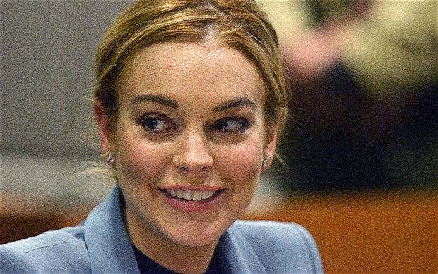 Lindsay Lohan Height Weight and Measurements Lindsa11