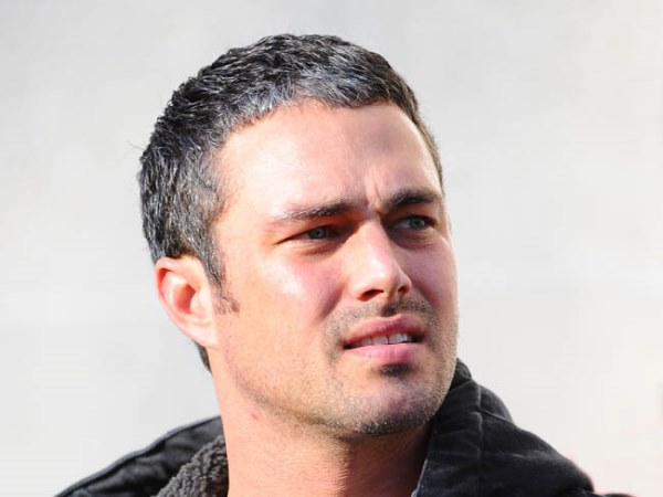 Taylor Kinney Height,Weight,Age,Net Worth,Girlfriends and more Taylor28