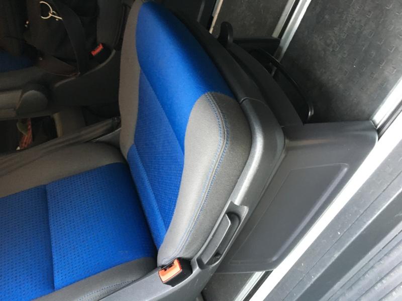 Vds 2 sièges individuels pivotants pour Multivan Image13