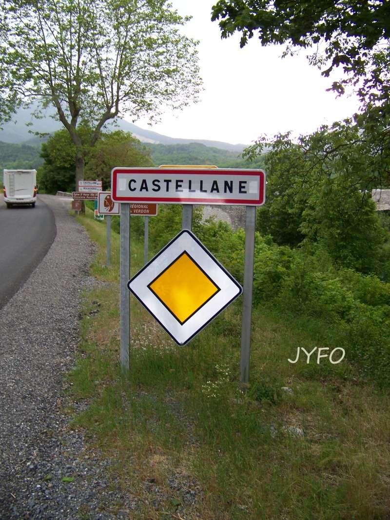 LE MUSEE CITROEN DE CASTELLANE 1_jyfo12