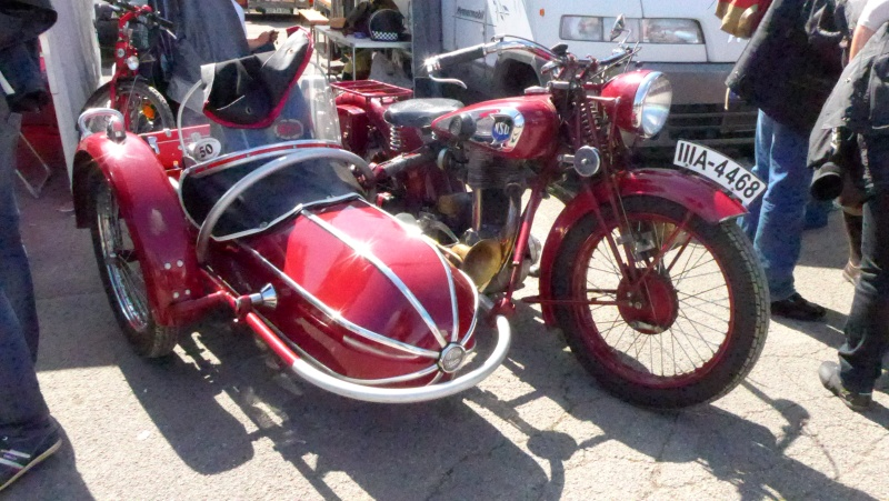 une journee a dijon :moto legende P1020414