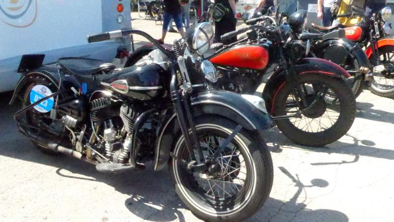 une journee a dijon :moto legende P1020416