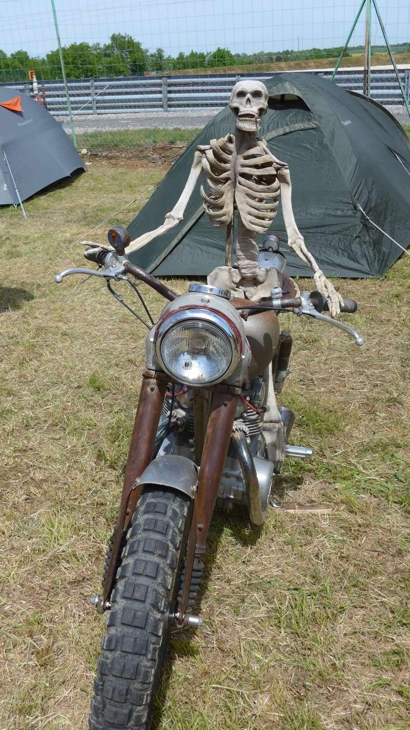 une journee a dijon :moto legende P1020510