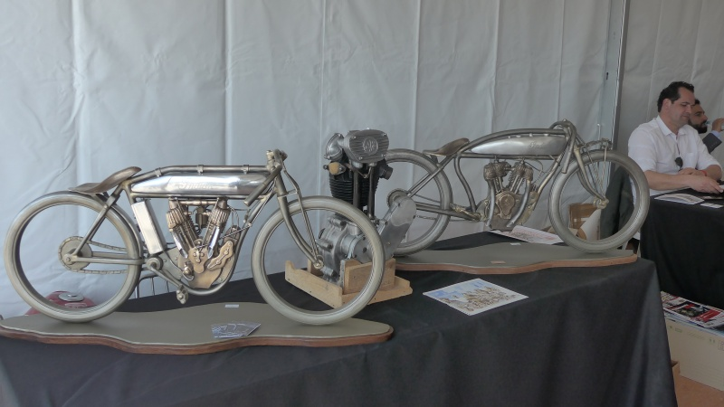 une journee a dijon :moto legende P1020524