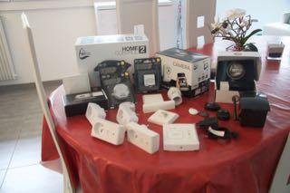 [VENDU] Centre Home Control 2 + version 1 + Multiples accessoires Dsc_0010