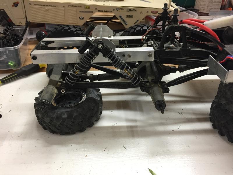 Fabriquer un Balancier pour 6x6 et 8x8 Scale Trial et Crawler fait maison et pas cher Img_1823
