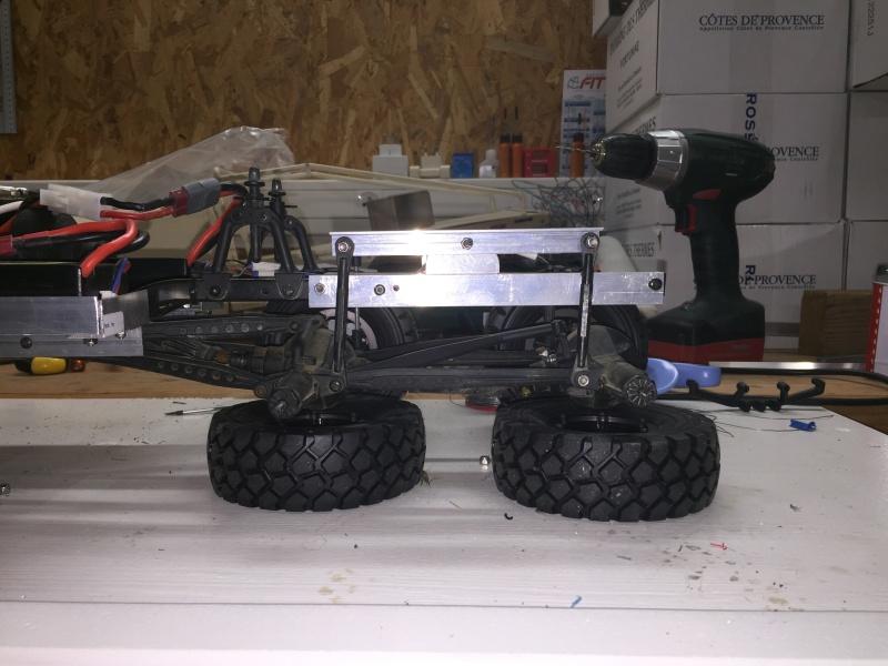 Fabriquer un Balancier pour 6x6 et 8x8 Scale Trial et Crawler fait maison et pas cher - Page 2 Img_1828