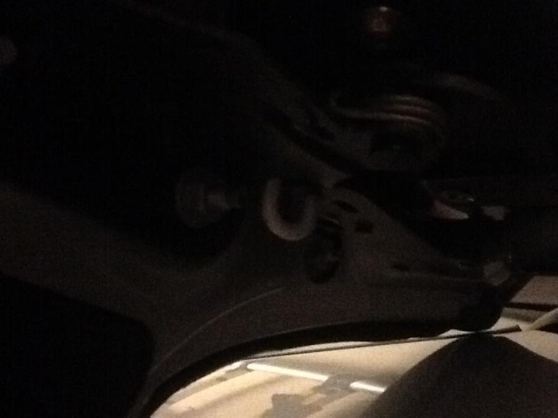 Joint de malle arrière abîmé Image10