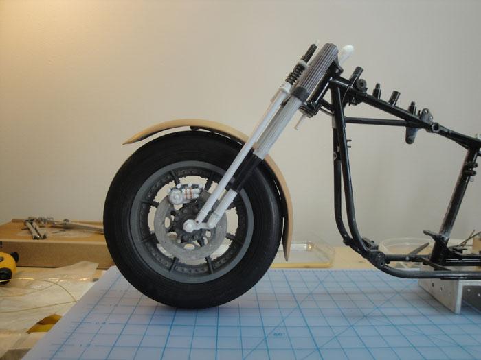 Steampunk Harley - Tamiya 1/6 HD FLH Classic 'extreme' kit bash (Very Photo Heavy) Hd_mo190