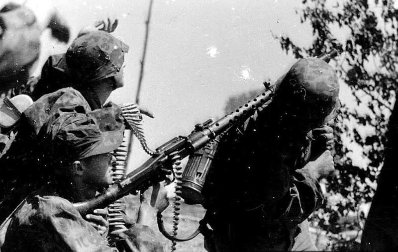 La Maschinengewehr 34/41 ou MG 34/41 et la MG42  Image33