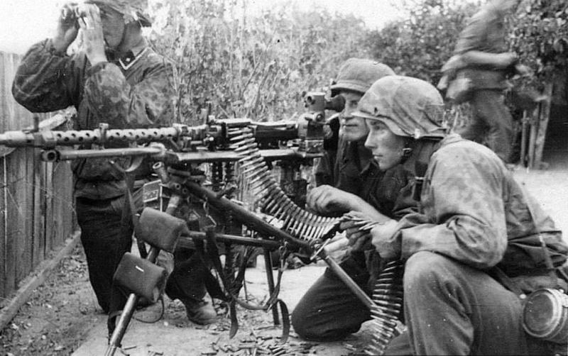 La Maschinengewehr 34/41 ou MG 34/41 et la MG42  Image34