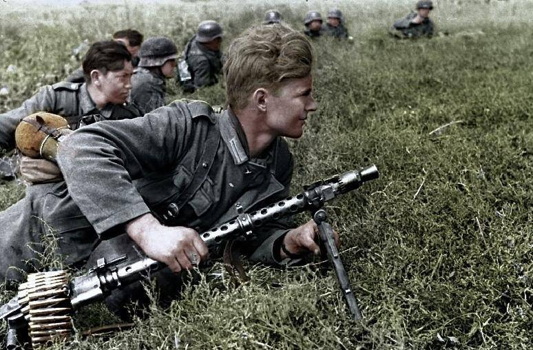 La Maschinengewehr 34/41 ou MG 34/41 et la MG42  Image37