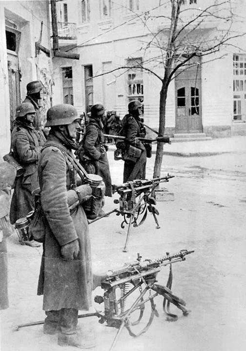 La Maschinengewehr 34/41 ou MG 34/41 et la MG42  Image40