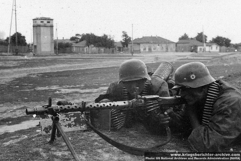 La Maschinengewehr 34/41 ou MG 34/41 et la MG42  Image42