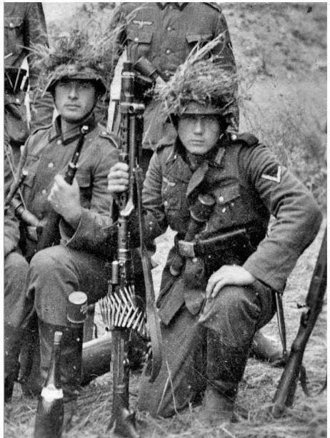 La Maschinengewehr 34/41 ou MG 34/41 et la MG42  Image45