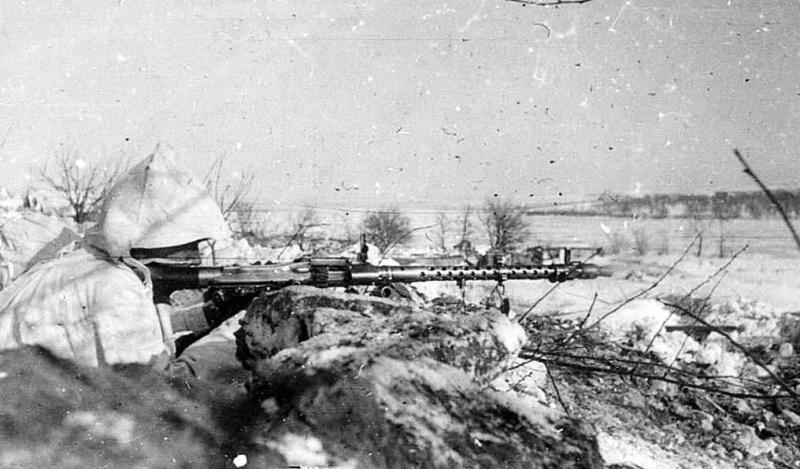 La Maschinengewehr 34/41 ou MG 34/41 et la MG42  Image48