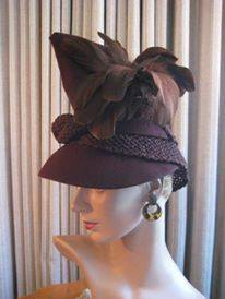 Et elle avait ! elle avait ! elle avait un chapeau rigolo ! et une drôle de petite robe... LA MODE PENDANT LA GUERRE EN FRANCE ET COTE US 19192410