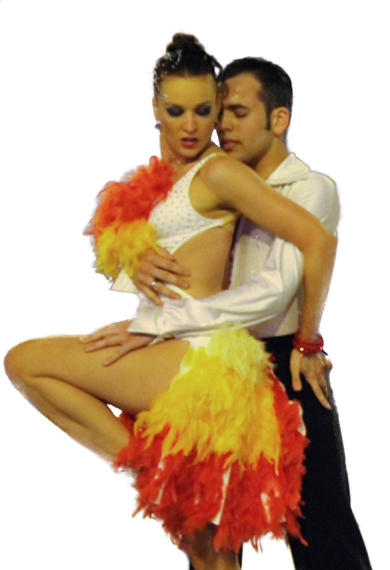 Robe latine à plumes PRIX BAS 01011