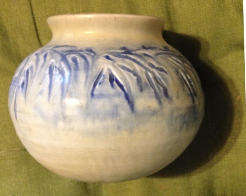 """Mystery art pottery vase  by """"LOU""""? Lou510"""