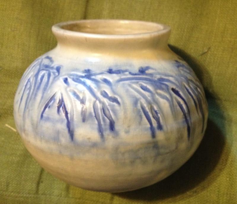 """Mystery art pottery vase  by """"LOU""""? Lou710"""