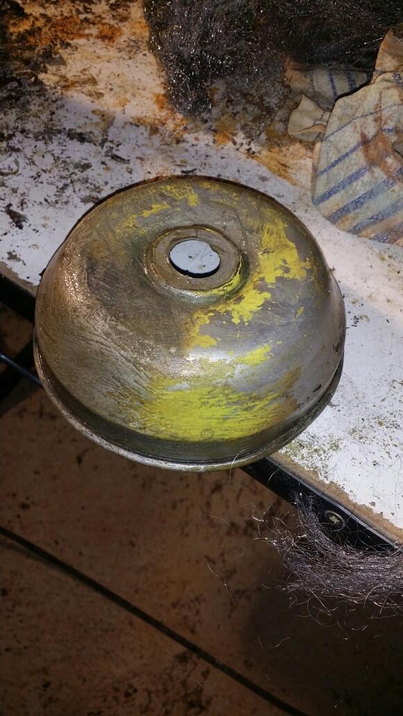 Connaissez-vous l'époque de ce lampadaire? Img_7121
