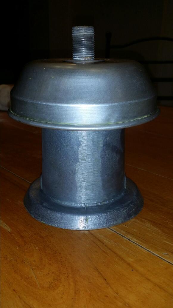 Connaissez-vous l'époque de ce lampadaire? Img_7125
