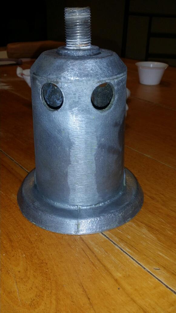 Connaissez-vous l'époque de ce lampadaire? Img_7126